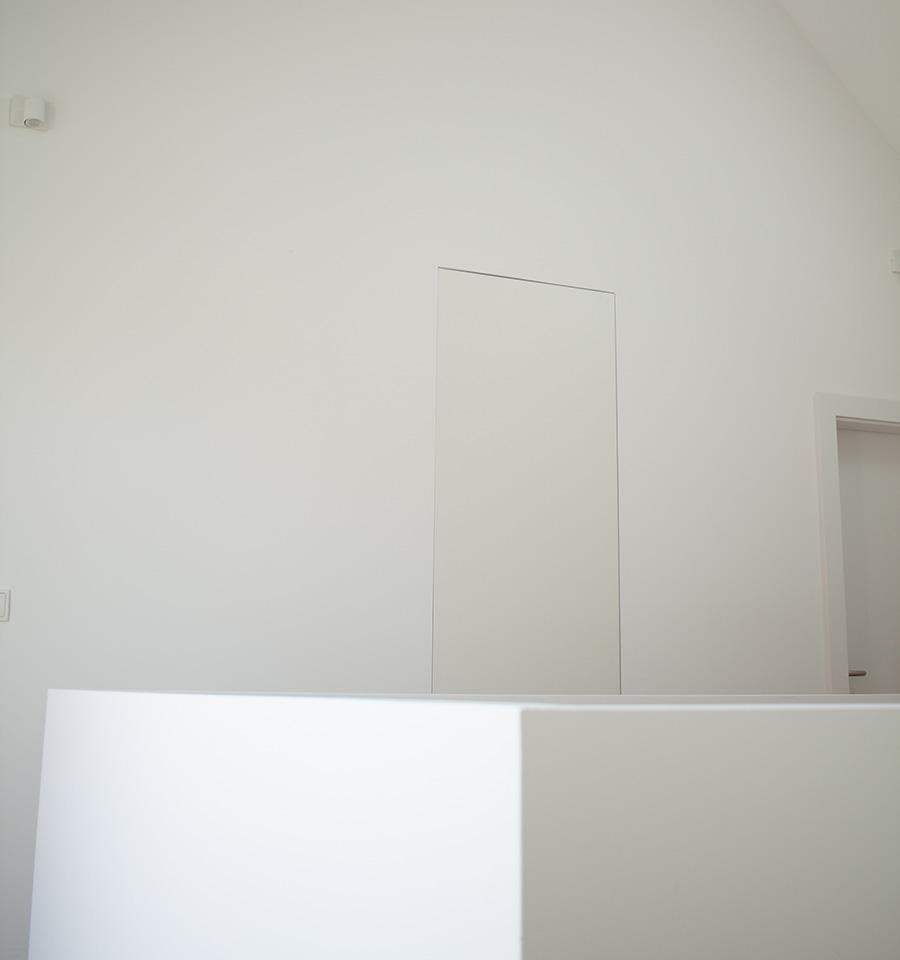 minimalisticke vstavane skrine